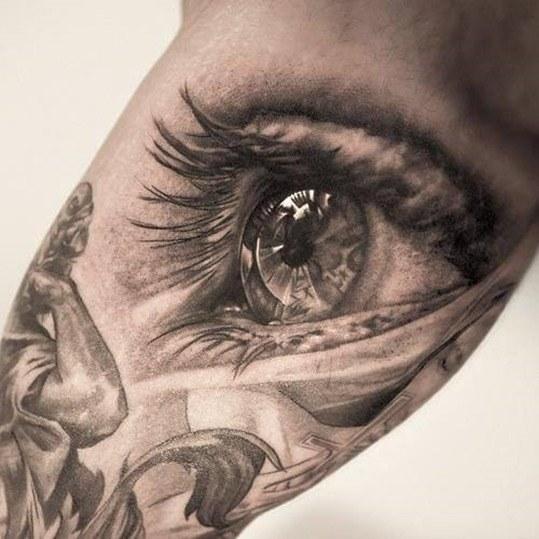 Tatuaje-de-ojos_thumb1