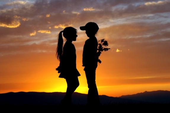 Imágenes De Amor Con Movimiento Y Frases Románticas
